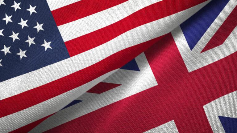 bandeiras dos Estados Unidos e do Reino Unido