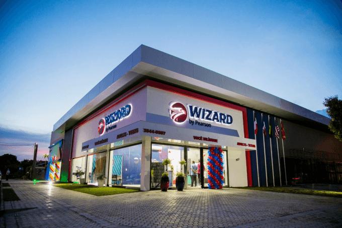Fachada da escola Wizard by Pearson