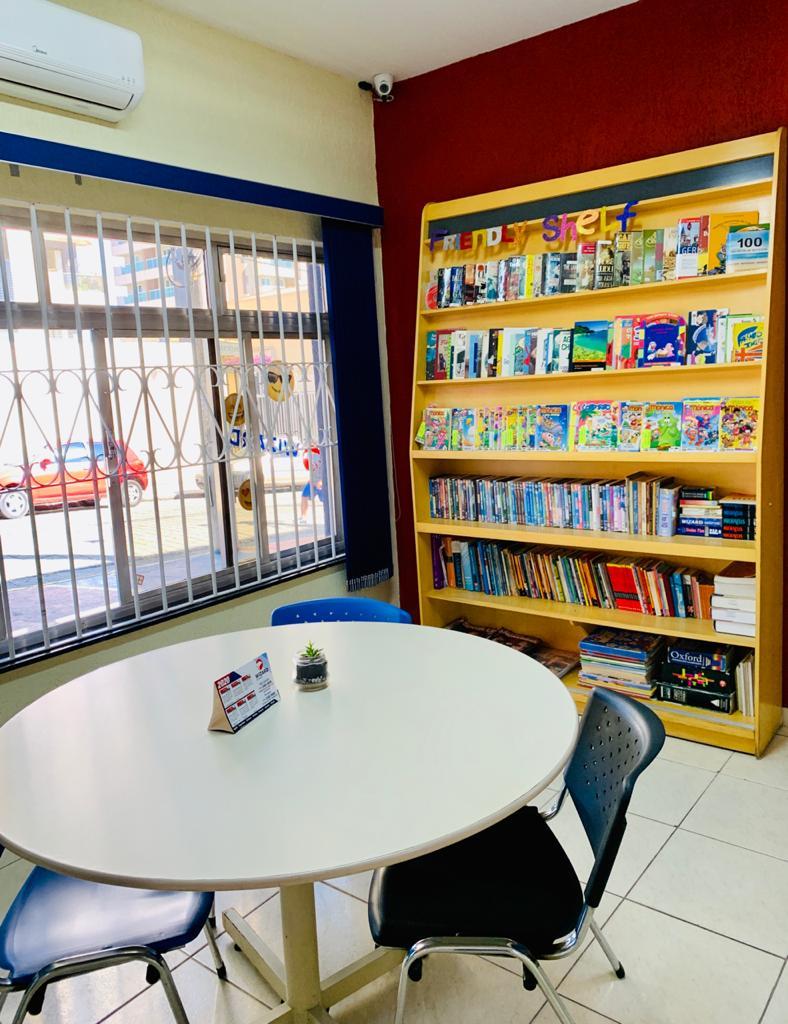 Biblioteca Wizard Vila Galvão